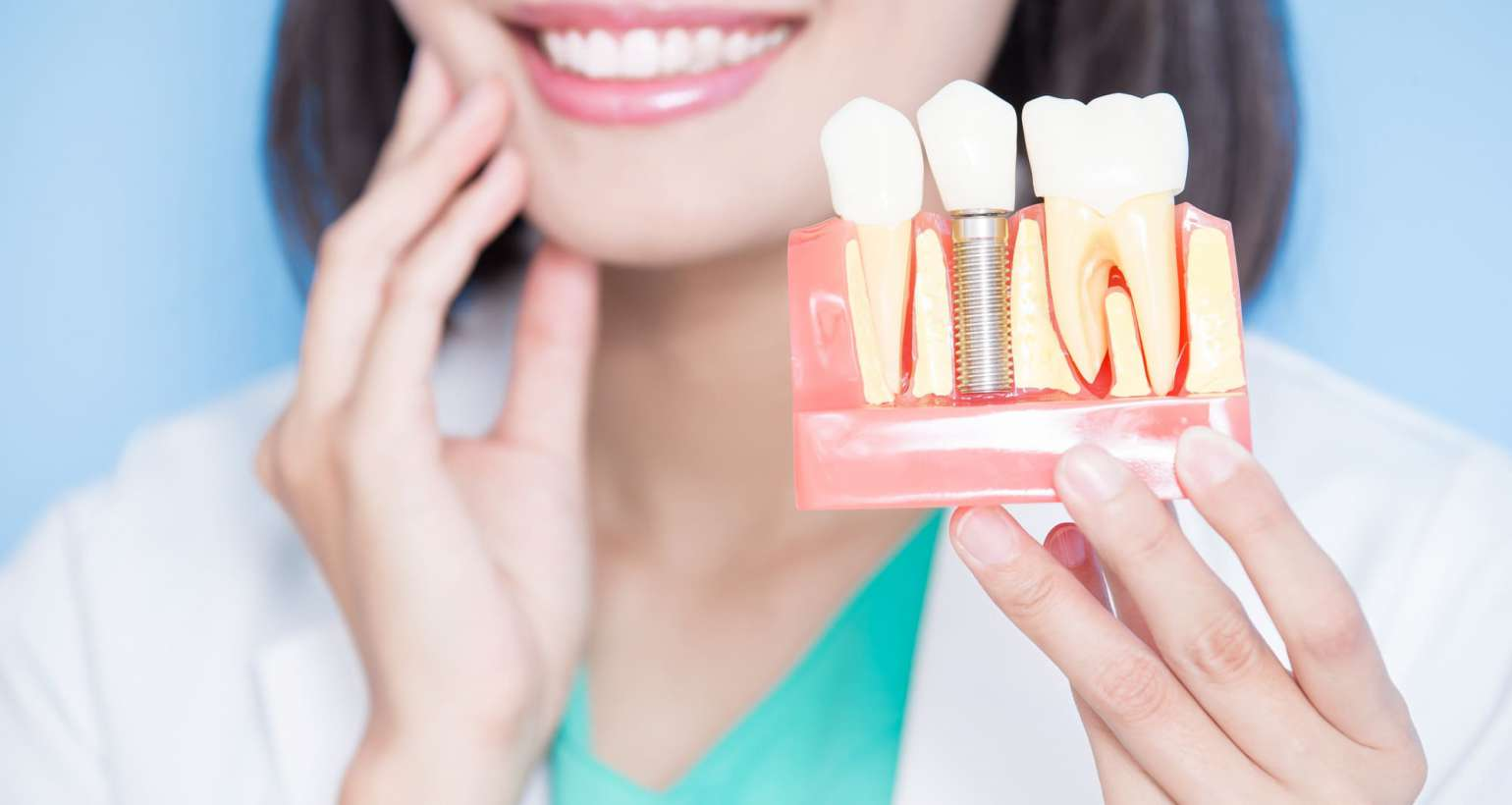 The main benefits of dental implants